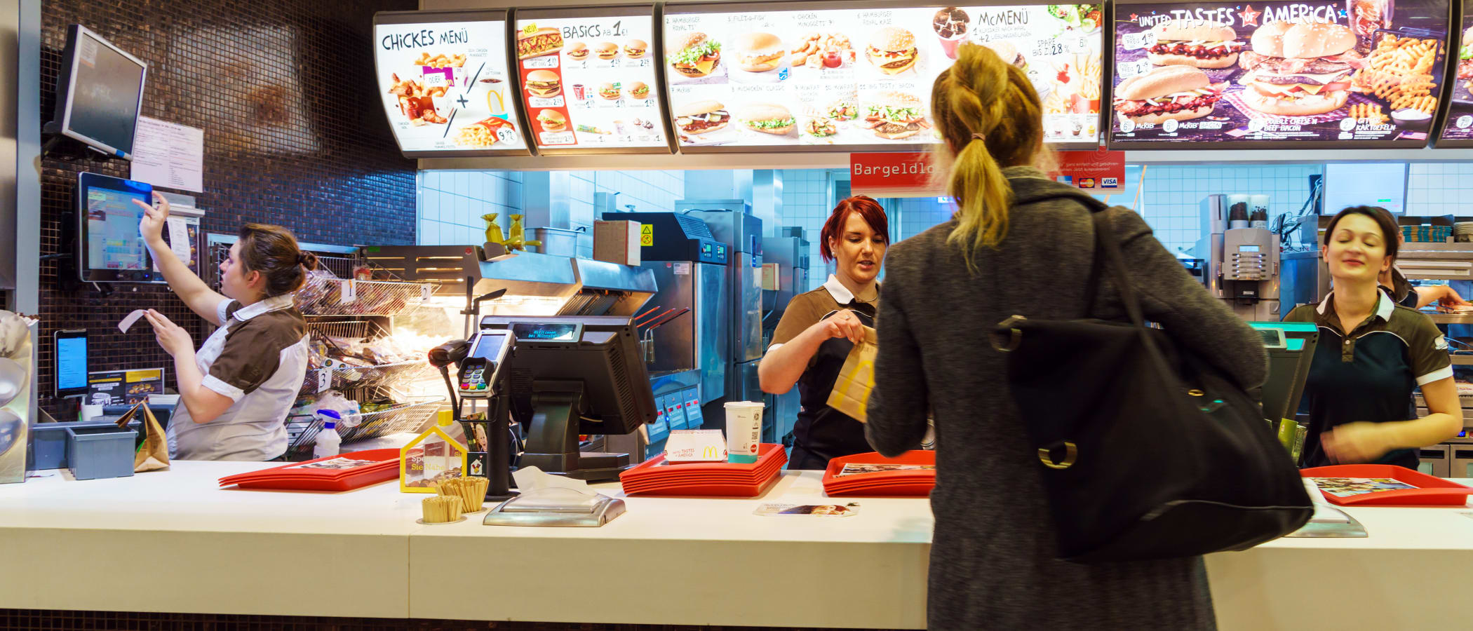 Is a Federal Minimum-Wage Hike Good for Business, or Does It Cost Too Much?