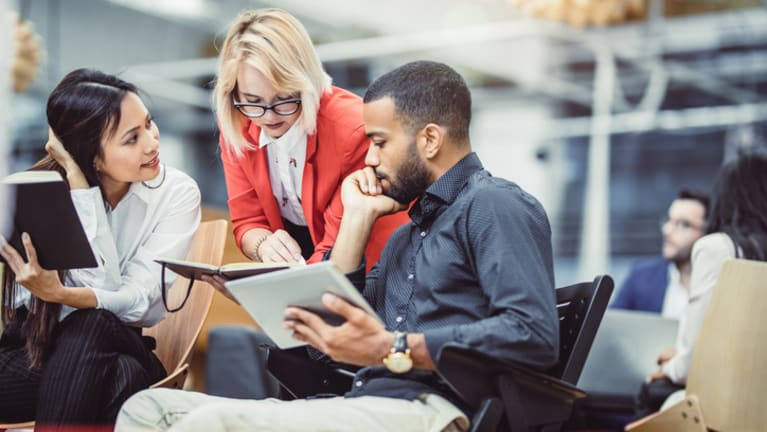How to Communicate with Employees When a Crisis Hits