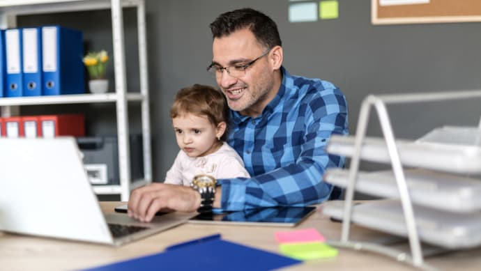Study: Little Change to Maternity, Paternity Leave at U S