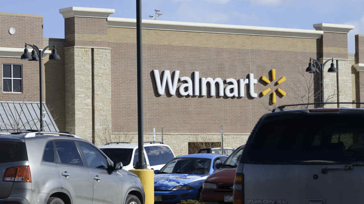 Two Employees Dead in Walmart Shooting