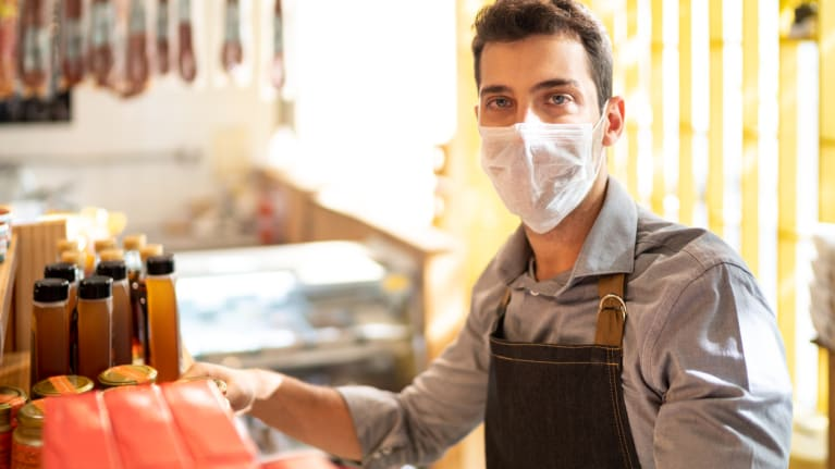 Employer and Worker Groups Want Government to Enforce Mask Rules